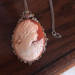 Jewelry - Concha shell silver palladium brooch/pendant cameo